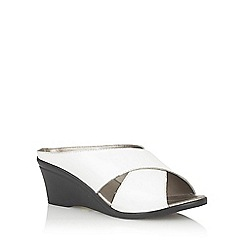 Lotus - White 'Trino' open toe mules