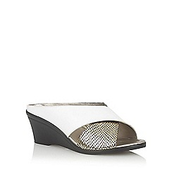 Lotus - White/snake 'Trino' open toe mules