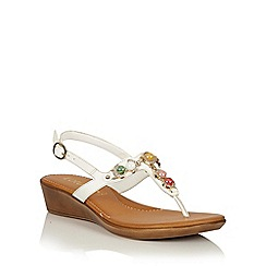 Lotus - White jewels 'Mirth' toe post sandals