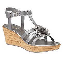 Lotus - Pewter 'Ottila' platform t-bar sandals