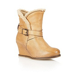 Lotus - Tan leather 'Cove' ankle boots