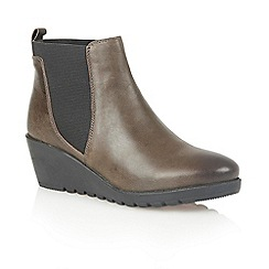 Lotus - Olive leather 'Meryl' ankle boots
