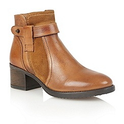Lotus - Tan leather 'Madisyn' ankle boots