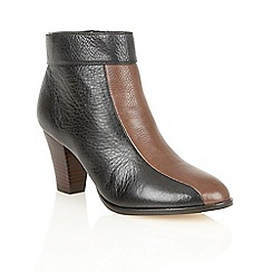 Lotus - Black brown leather 'Cedar' ankle boots