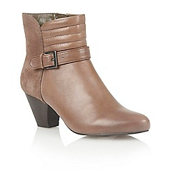 Lotus - Stone leather 'Maude' ankle boots