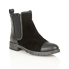 Lotus - Black leather 'Jessalyn' ankle boots