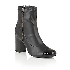 Lotus - Black leather 'Sitka' zip up ankle boots