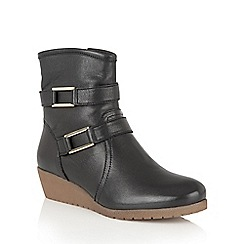 Lotus - Black leather 'Loradi' ankle boots