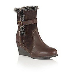Lotus - Brown leather 'Varda' calf boots