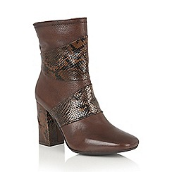 Lotus - Brown leather 'Zania' calf boots