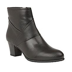 Lotus - Black 'Metcalf' mid heel ankle boots
