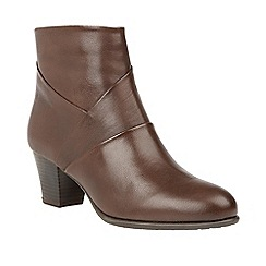 Lotus - Brown 'Metcalf' mid heel ankle boots