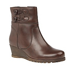 Lotus - Brown 'Bopty' mid heel ankle boots