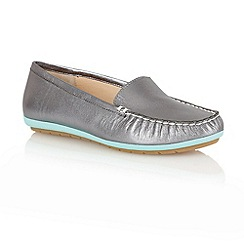 Lotus - Pewter 'Francesca' loafer shoes