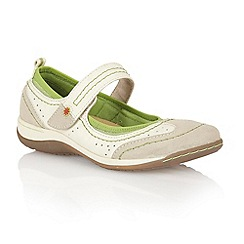 Lotus - White 'Dakoda' casual shoes