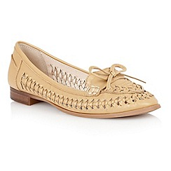 Lotus - Lotus natural 'Megan' loafers