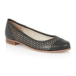 Lotus - Lotus black 'Bellana' round toe shoes