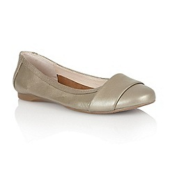 Lotus - Light gold leather 'Sestriere' flat shoes