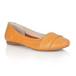 Lotus - Orange leather 'Sestriere' flat shoes