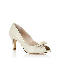 Lotus - Cream leather 'Roseanne' peep toe shoes
