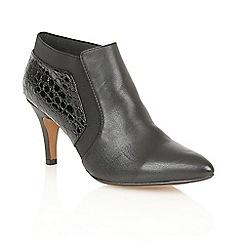Lotus - Black leather croc 'Arnie' court shoes