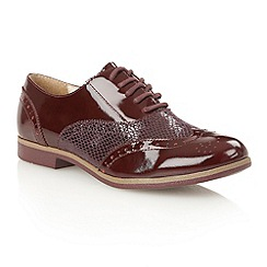 Lotus - Bordeaux patent print 'Ceci' court shoes