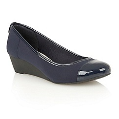 Lotus - Navy textyle shiny 'Lychee' court shoes