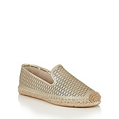 Lotus - Gold leather 'Felisa' espadrilles
