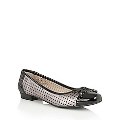 Lotus - Pewter black leather 'Keilah' ballet shoes