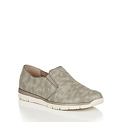 Lotus - Pewter print 'Lucia' slip on shoes