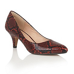 Lotus - Red 'Bakula' animal print courts