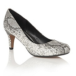 Lotus - Grey 'Ardice' animal print courts