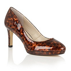 Lotus - Brown 'Calla' platform courts