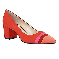 Lotus - Red 'Gamma' pointed toe courts