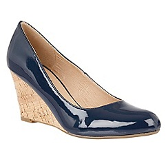 Lotus - Navy shiny 'Jelico' wedges