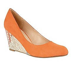 Lotus - Orange 'Trinity' wedges