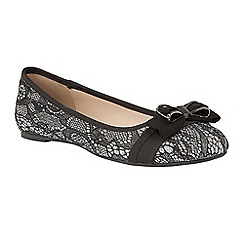 Lotus - Metallic 'Shayna' flat ballet pumps