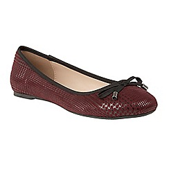 Lotus - Red 'Tenley' flat ballet pumps