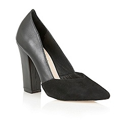 Lotus - Lotus black 'Dahlia' court shoe
