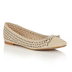 Lotus - Natural 'Addison II' ballet shoes