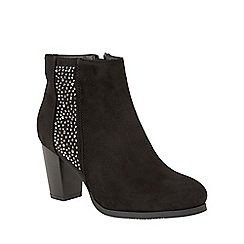 Lotus - Black 'Narcissa' ankle boots