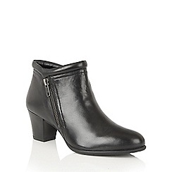 Lotus - Black leather 'Ivoire' ankle boots