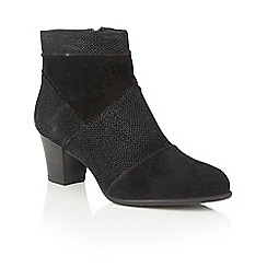 Lotus - Black leather 'Faunex' ankle boots