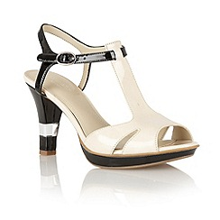 Naturalizer - Ivory shiny 'Montee' T-bar sandals