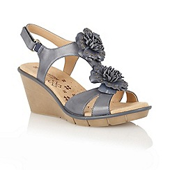 Naturalizer - Spring denim 'Explorer' T-bar sandals