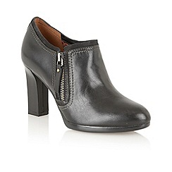 Naturalizer - Black 'Annabell' ankle boots
