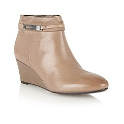 Naturalizer - Taupe 'Quimby' wedge ankle boots