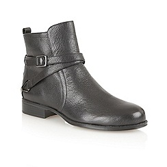 Naturalizer - Black 'Jaxon' ankle boots