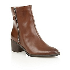 Naturalizer - Brown leather 'Harding' ankle boots