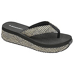 Dunlop - Black 'Dunlop' slip on wedge toe post sandals